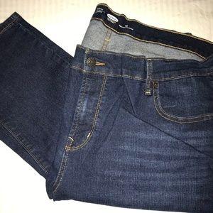 Like new Old Navy dark rinse skinny jeans size 18